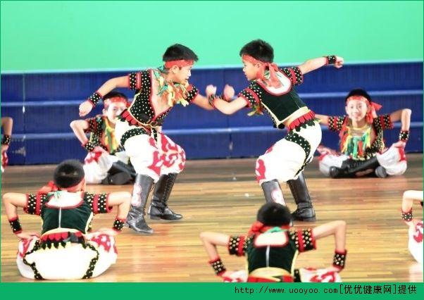 男孩学跳舞好吗?男孩学跳舞好不好?[多图]
