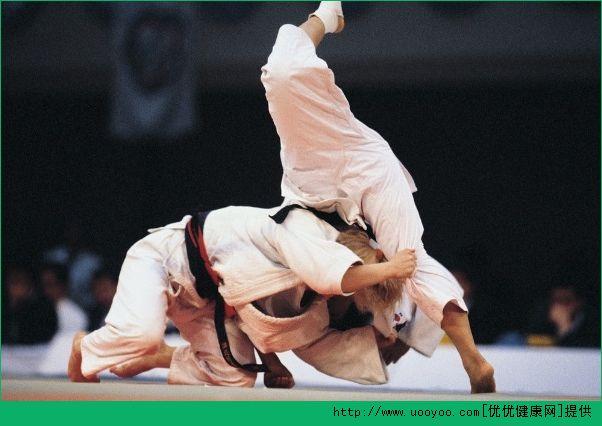 柔道和柔术哪个厉害?柔道和巴西柔术的区别[多图]
