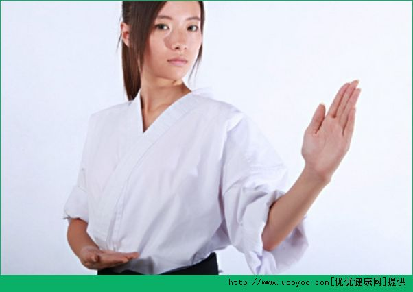 空手道和柔道的区别是什么?空手道和柔道哪个厉害?[多