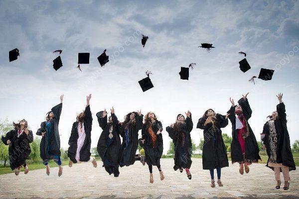 大学生毕业即失业 大学生找