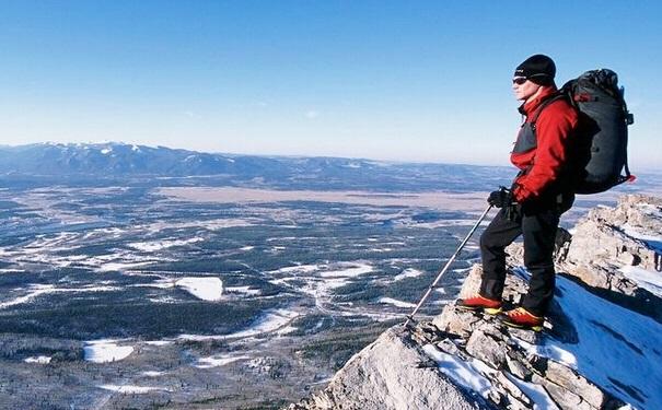什么样的鞋子适合爬山?爬山适