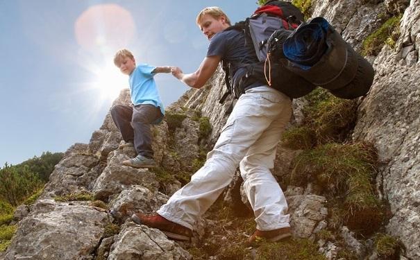 爬山技巧有哪些?爬山需要什么