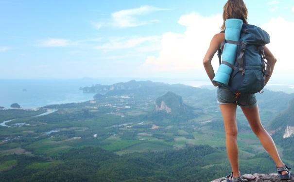爬山带什么吃的好?爬山带什么食物好?(1)