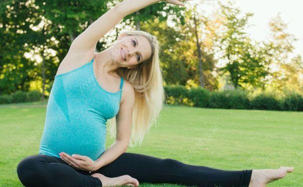 孕期嘿咻是否影响胎儿发育?孕期哪些情况需要禁止同房