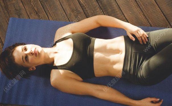减肥瑜伽方法怎么练习?瑜伽减肥的小细节有哪些?[图]