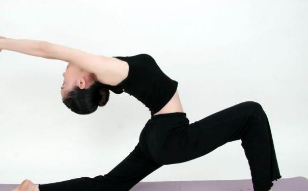 练习瑜伽有哪些基本常识?睡前瑜伽的练习方法有哪些?[