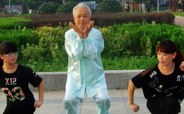 老人练什么气功好?老人练气功有哪些注意事项?[图]