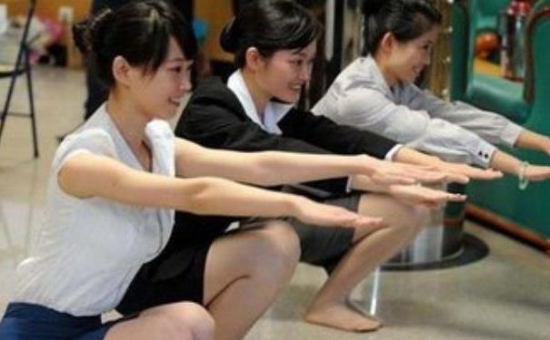下蹲运动有哪些种类?下蹲运动有哪些作用和好处?[图]