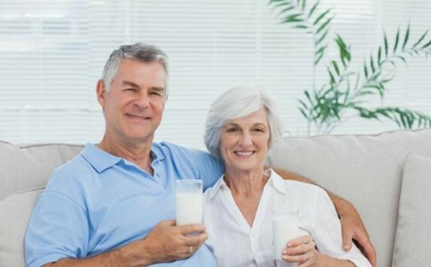 老年人吃什么补钙好?老年人补