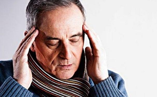老年人头痛是怎么回事?老年人