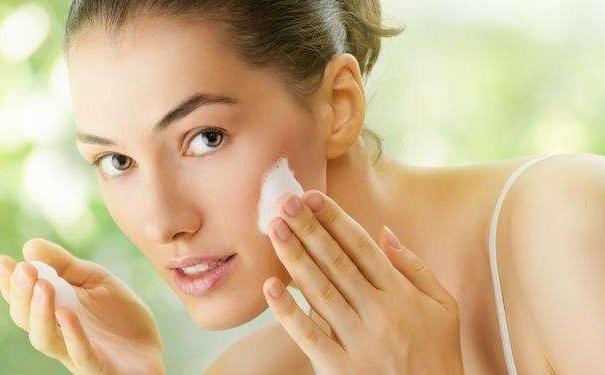 早上洗脸要注意什么?早上洗脸
