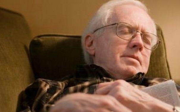 老人失眠吃什么食物?怎样治疗老年人失眠?[图]