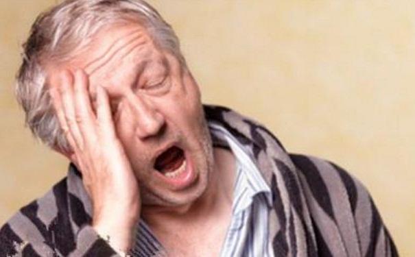 老年人失眠该怎么调理?老人失
