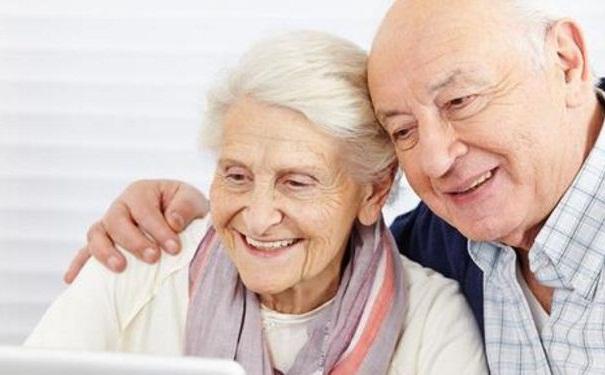 适合老人的膳食保健法有哪些