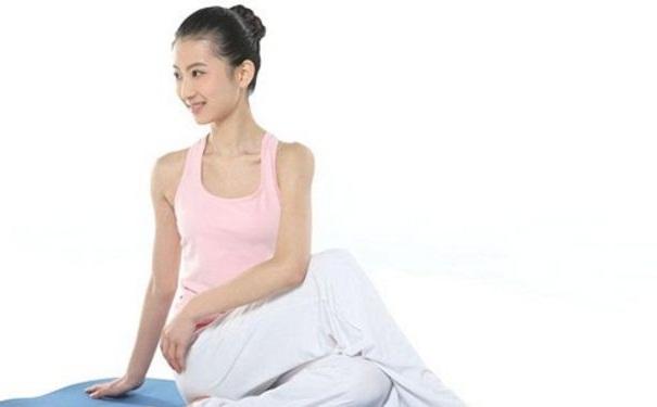 产后瑜伽的注意事项有哪些?练习产后瑜伽如何搭配饮食
