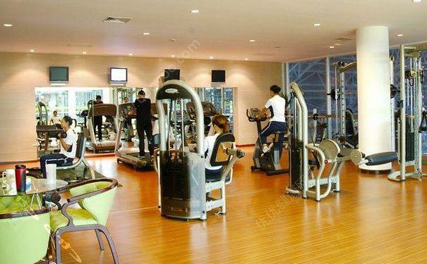 怎样在健身房里健康锻炼?如何在健身房里健康锻炼?[图]