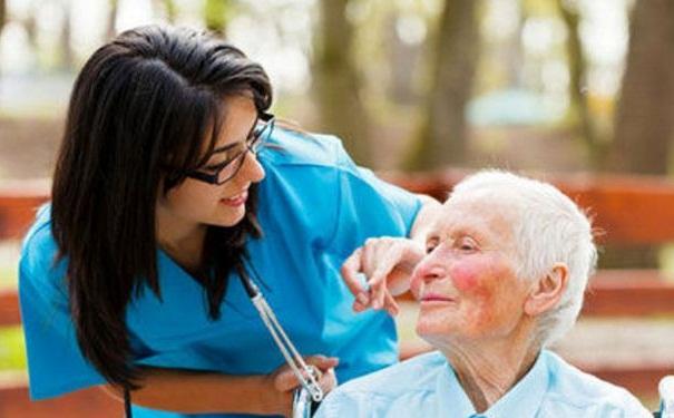 该怎样预防老年痴呆?该怎样进行生活调理预防老年痴呆