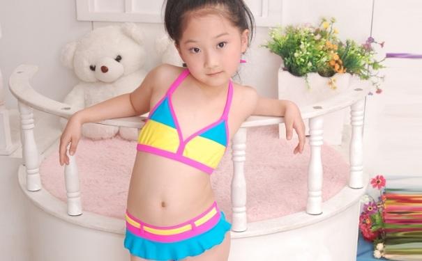 宝贝泳衣挑选技巧有哪些?宝宝泳衣怎么选?[图]