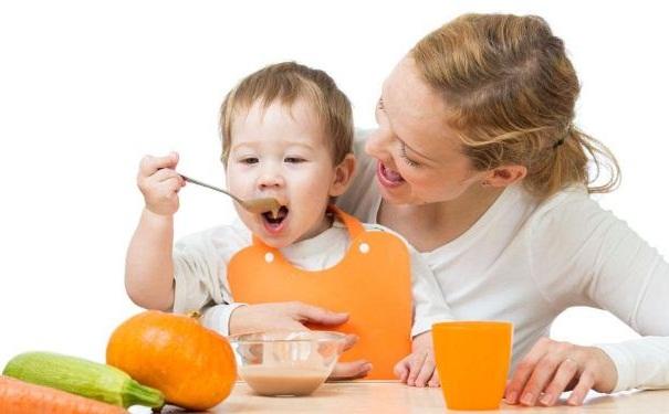 宝宝怎样吃才能更健康?不同年