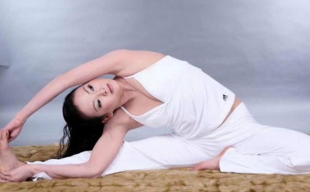 练瑜伽对卵巢有好处吗?卵巢瑜伽保养体式?[图]