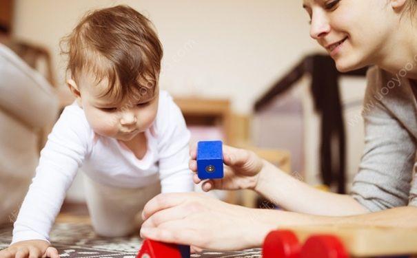宝宝智力开发应该怎么做?宝宝智力开发有哪些原则?[图]