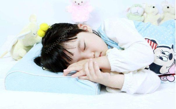 宝宝为什么睡觉打鼾?宝宝睡觉打鼾怎么办?[图]