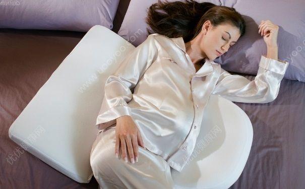 夏天睡觉容易做梦正常吗?夏天做梦比较多是什么原因?[